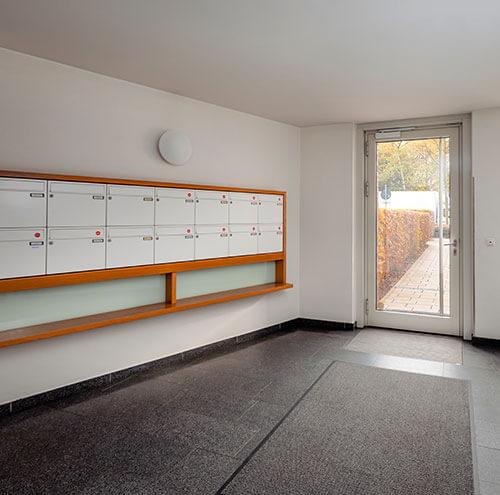 Noblehouse | Service | Reinigung Treppenhaus